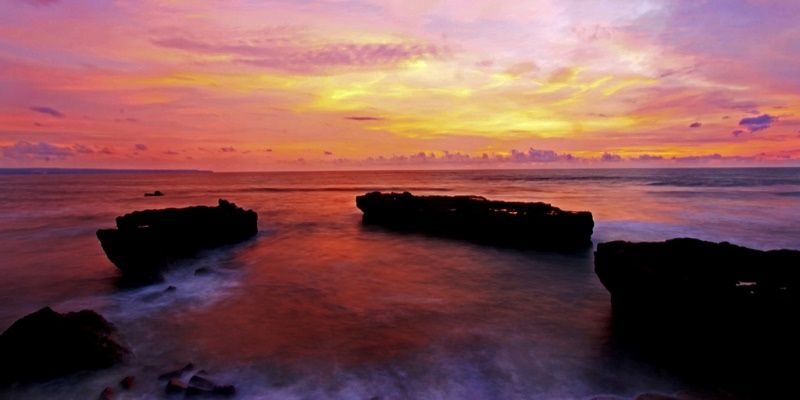 пляж Бали на закате