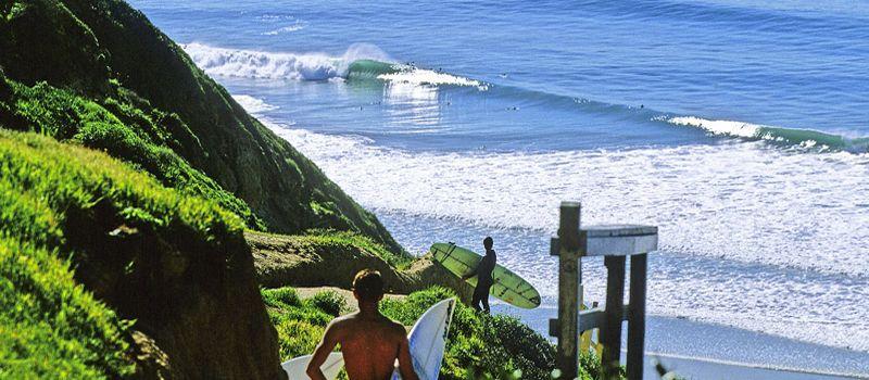 Серфинг волны. Blacks beach
