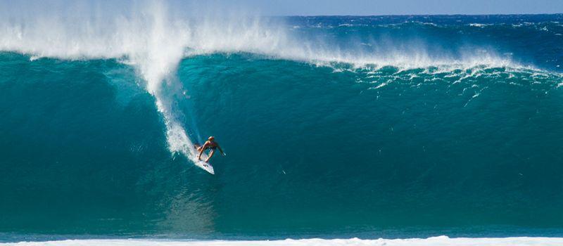 Серфинг волны. Pipeline